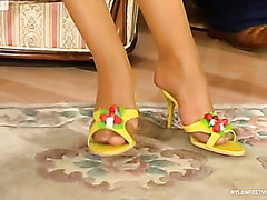 Sophia&Morris kewl nylon feet movie