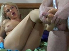 Dolly&Rolf kinky nylon feet episode