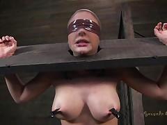 sex serf chocked with knob