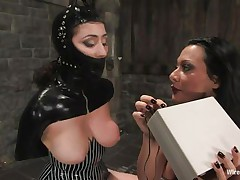 romanian female-dom punishes her sex thrall