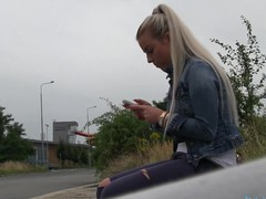 Cute blond Lawra is seducing fellow with her wicked fellatio