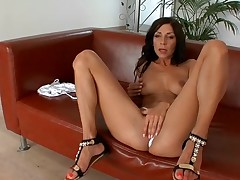 Hot fuck is organized for bootylicious and nasty mommy