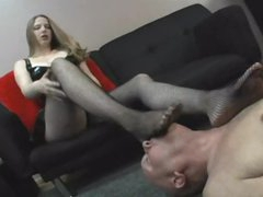 Dominant gal craves him to lick her feet